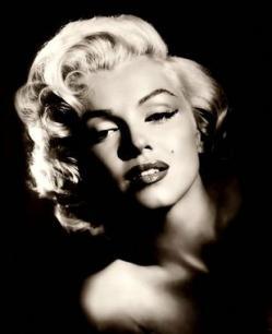 Marilyn Monroe, nevus en mejilla