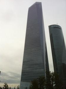 Torre de Cristal, sede de laboratorios Allergan