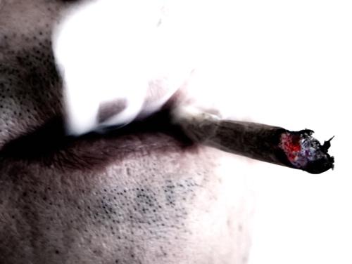 Más de 60 cancerígenos en el humo del tabaco.